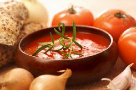 613-gazpacho-ingredients-50764461-250x163.jpg