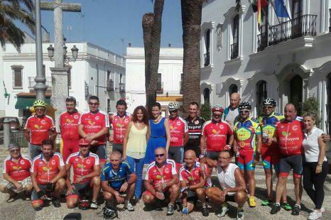 Grupo Ciclista Buenavista de Gijón en Fuente de Cantos